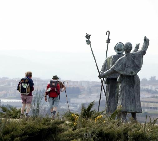 Peregrinos hacia Santiago de Compostela